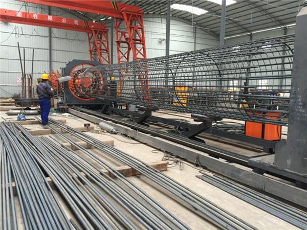 Valmistatud Hiinas Lihtsalt toimiv Vastupidav ja vastupidav kvaliteetne terasest rebar puuri keevitusseade ja armeerimispuuride tegemine
